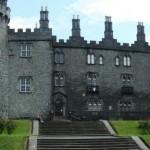 Kilkenny_Castle_rear_view